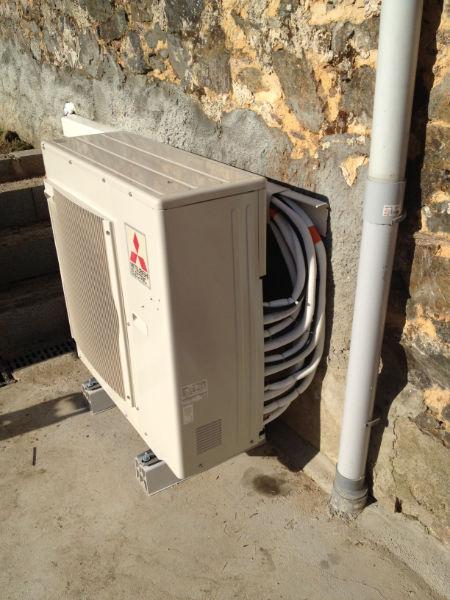 Pose de deux climatiseurs Multi 5 + un bisplit MITSUBISHI ELECTRIC